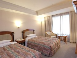 Business hotels in Urayasu