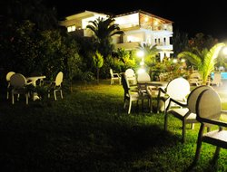 Gerakina hotels with swimming pool