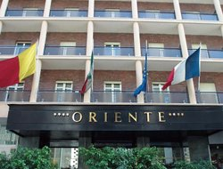 Business hotels in Naples