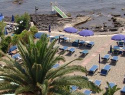 Top-4 romantic Giardini-Naxos hotels