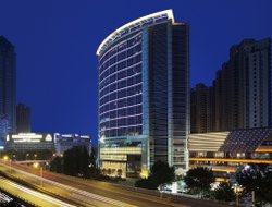 Wuhan hotels with swimming pool