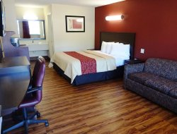 Starkville hotels with restaurants