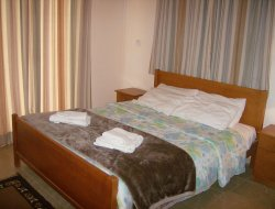 Pissouri hotels with swimming pool