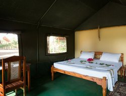 Kenya hotels with river view