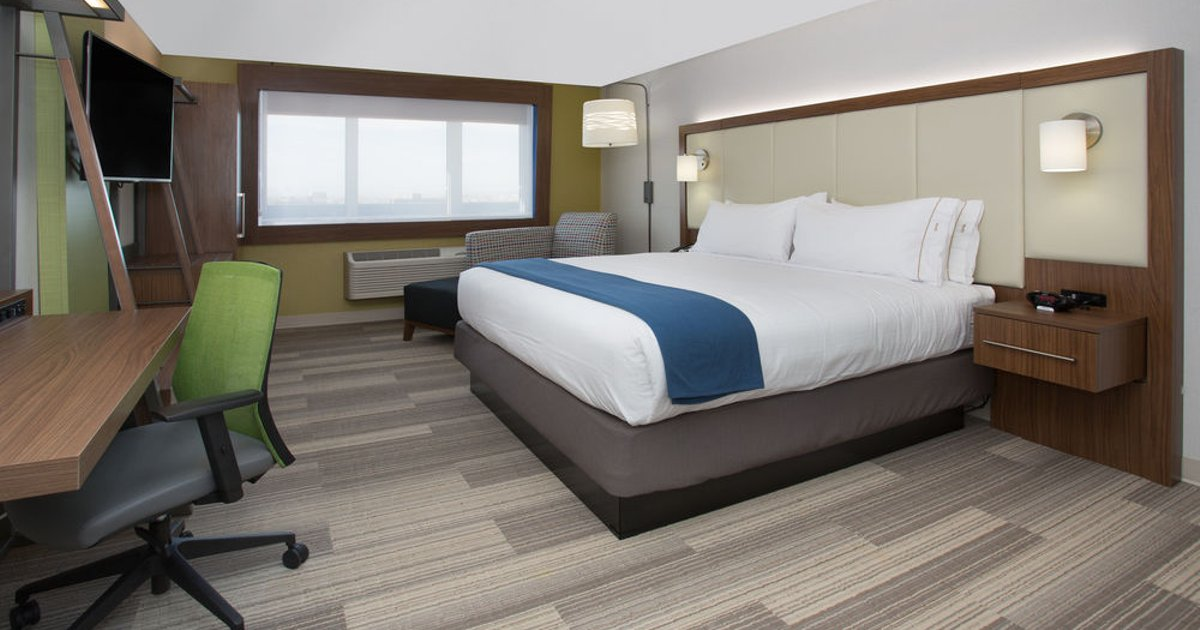 Holiday Inn Express & Suites Garland SW - NE Dallas Area