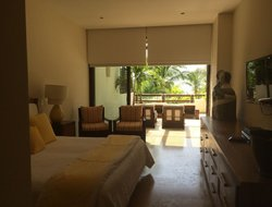 Cruz de Huanacaxtle hotels with sea view