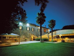 Perugia hotels with restaurants