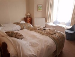 Lyme Regis hotels with sea view
