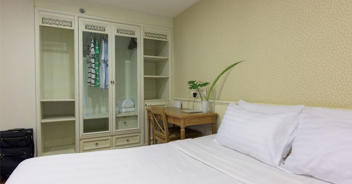 Sabai Sathorn Service Apartment