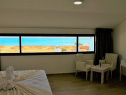 Prainha hotels with sea view