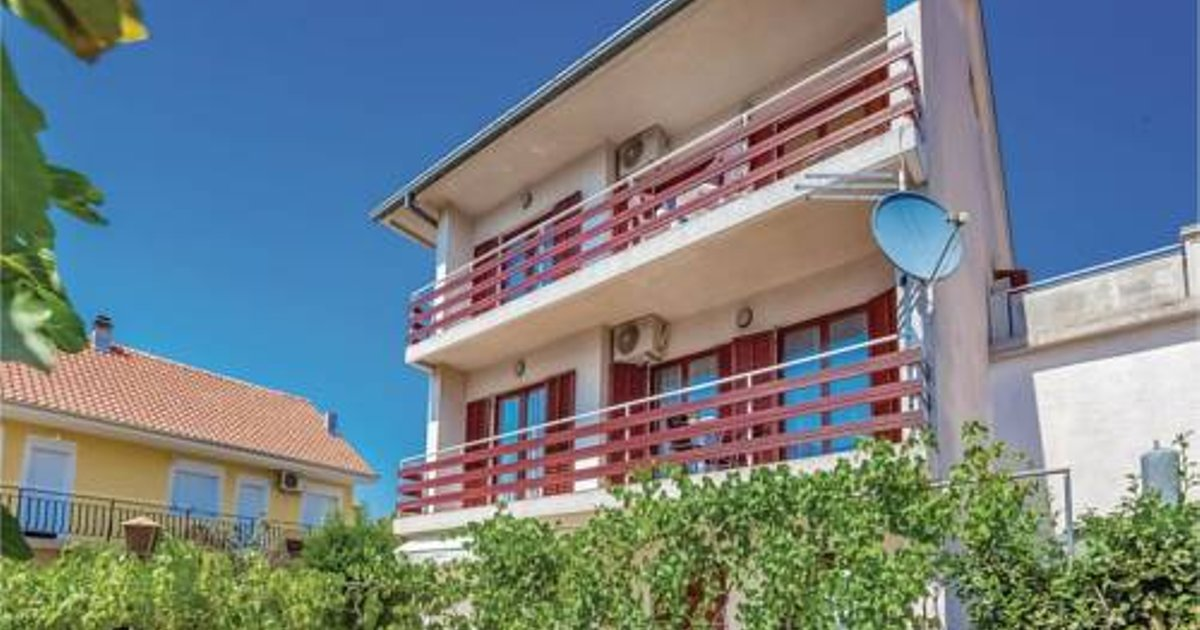 Apartment Crikvenica - 01