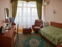 Pyatigorsk hotels with swimming pool