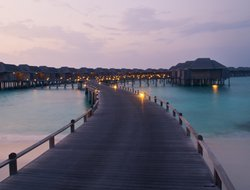Maldives hotels with swimming pool