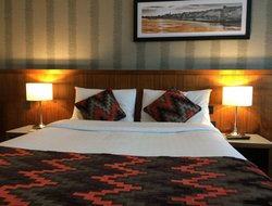 Top-8 hotels in the center of Waterford