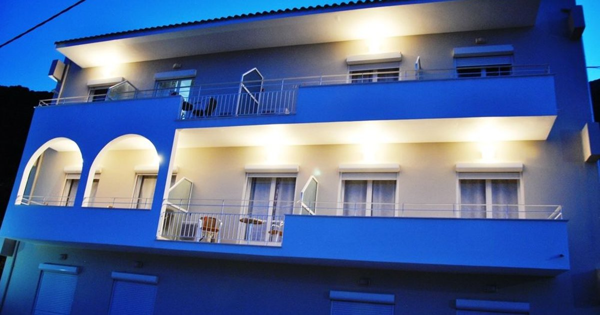 Filoxenia Hotel & Apartments