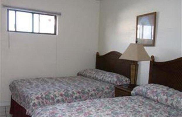 фото Chalan Kanoa Beach Hotel 802619654
