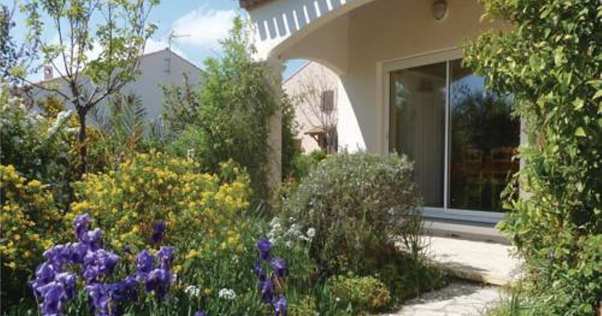 Four-Bedroom Holiday Home in Marseillan