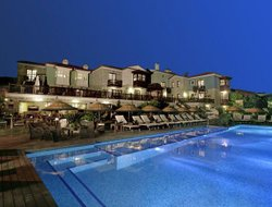 Gay hotels in Alacati