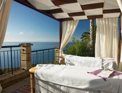 Top-10 of luxury Funchal hotels