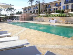 Pets-friendly hotels in Brignoles