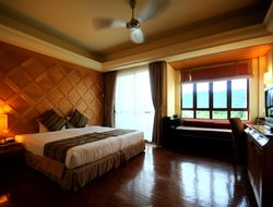 Kampung Padang Masirat hotels with sea view