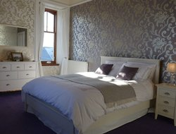 Lerwick hotels with sea view