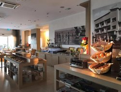 Milano Marittima hotels with restaurants