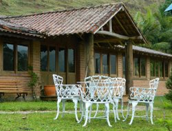 Sao Francisco Xavier hotels with restaurants
