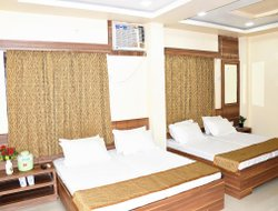 Ajmer hotels with restaurants