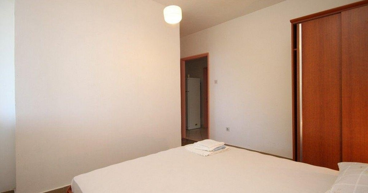 Double Room Lucica 990a