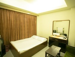Chittagong hotels with restaurants