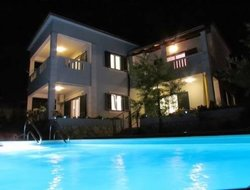 Supetar hotels with swimming pool