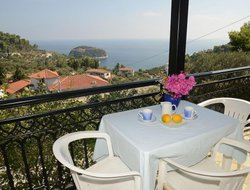 Stafilos hotels with sea view
