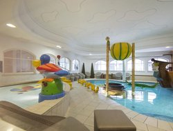 Naturno hotels with swimming pool