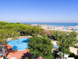 Top-5 hotels in the center of Eraclea Mare