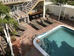 Fort Lauderdale hotels with swimming pool