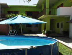 San Patricio hotels with swimming pool
