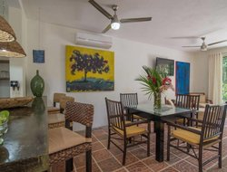 Pets-friendly hotels in Cruz de Huanacaxtle