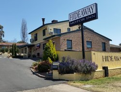 Armidale hotels with swimming pool