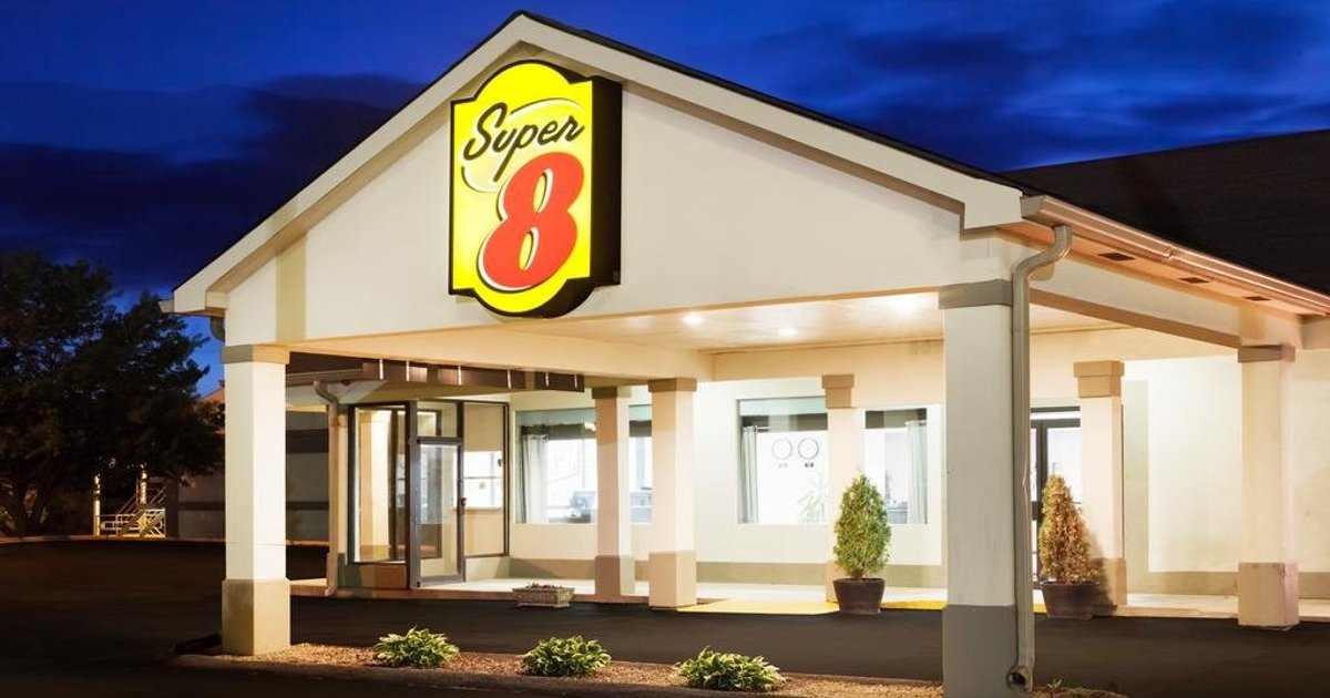 Super 8 by Wyndham Monteagle TN
