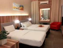 Top-5 hotels in the center of Batu Pahat