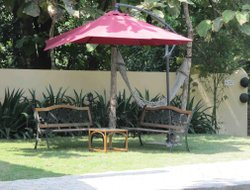 Pets-friendly hotels in Khawasa