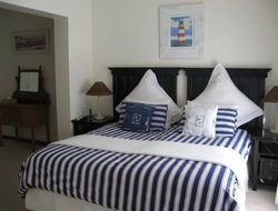 Port Alfred hotels with swimming pool