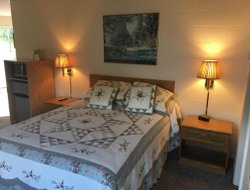 Pets-friendly hotels in Muskegon Heights