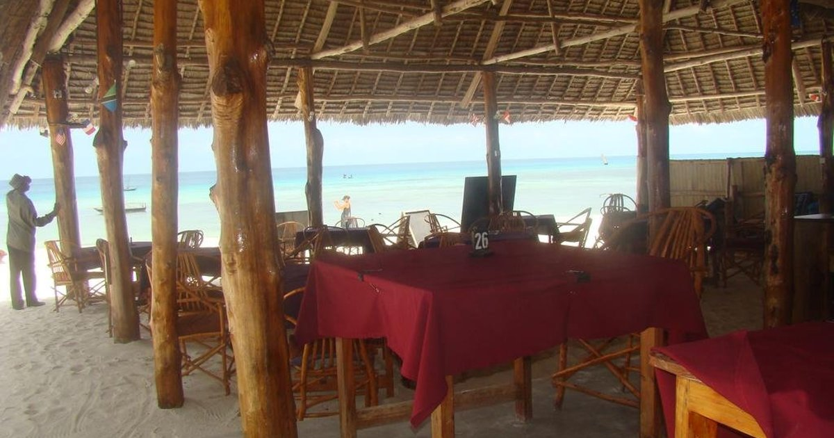Tabasam Beach Bungalow & Restaurant