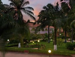 Guinea-Bissau hotels with restaurants