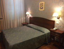 Ariccia hotels with restaurants