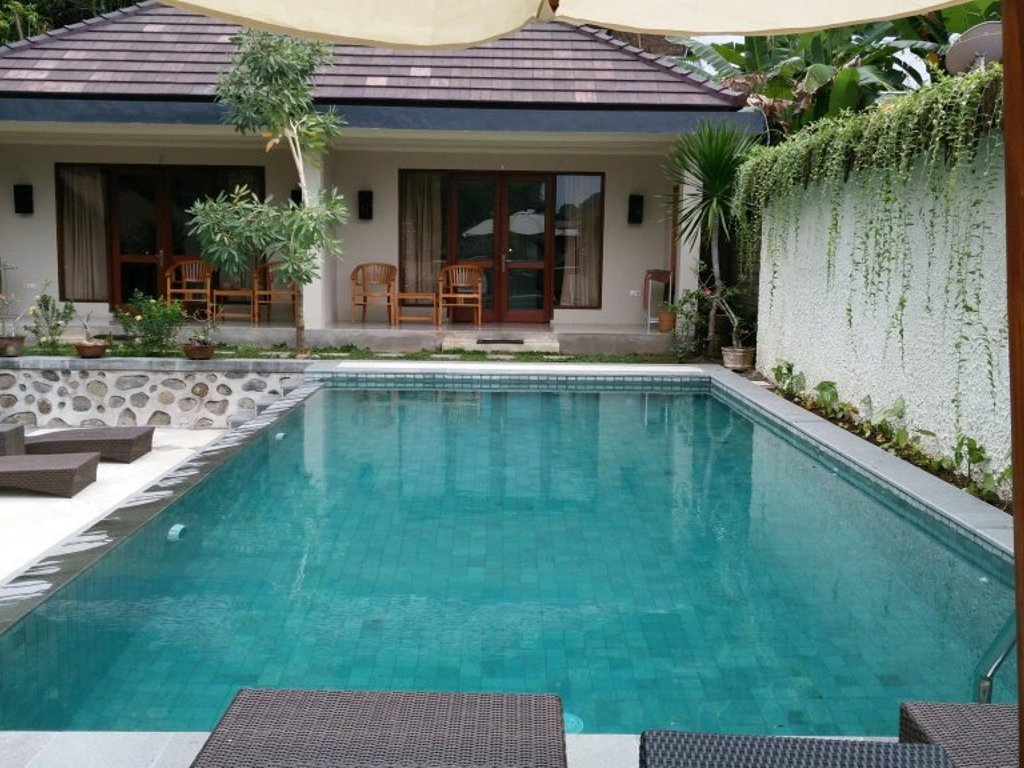 OYO 1056 Senggigi Cottages Lombok