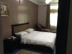 Asaba hotels with restaurants