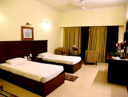 Rudrapur hotels with restaurants